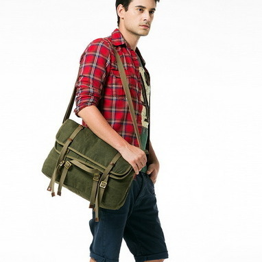 Preppy double flap canvas cross body bags for men from Vintage rugged canvas bags | Best mens style outlet | Scoop.it