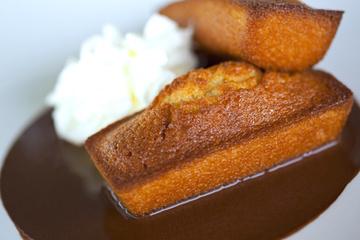 Mini quatre-quarts fourrés au caramel au beurre salé - Recettes Bretonnes | LA #BRETAGNE, ELLE VOUS CHARME - @TOOLS_BOX @TOOLS_BOX_FR @TOOLS_BOX_EUR ET @BRETAGNE_CHARME | Scoop.it