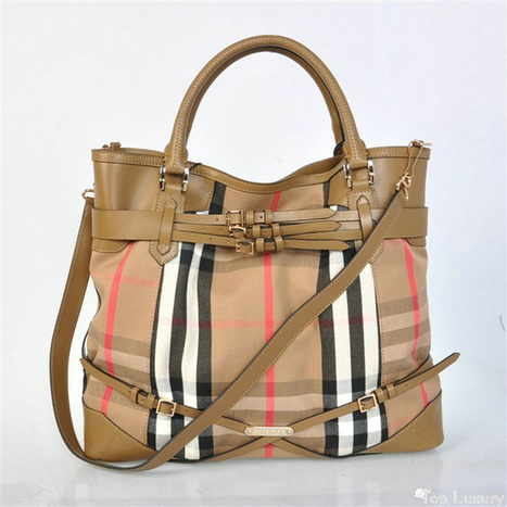 Authentic Burberry Bridle House Check Canvas Tote Bag Cheap 6104 [cheapscarfstore-733] - $247.40 : Cheap Burberry Scarf Outlet Sale - Cheap Scarf Store Online   Christmas gift ideas   Scoop.it