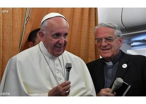Pápež František odpovedá novinárom pri spiatočnom lete z Arménska | Správy Výveska | Scoop.it