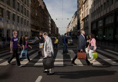 Crossing Europe – Photos of Busy Crosswalks in European Capital Cities @ Ben Landa | Ben Landa Studios | Scoop.it