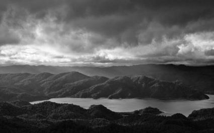 Three Lenses & Endless Opportunities - Lake Waikaremoana | Fuji X Series | Scoop.it