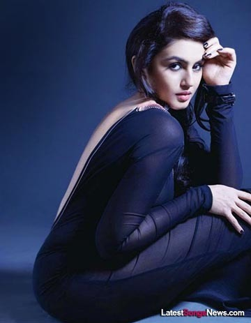 Hot Actress Huma Qureshi Movies List & Biography | Latest Songs Movies News | I Don't have a Dirty Mind, I have a Sexy Imagination | Scoop.it