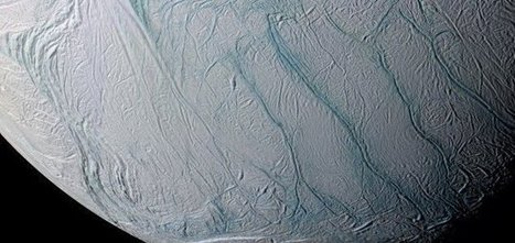 Scientists confirm 'great lake' on Enceladus - Unexplained Mysteries | Astronomy | Scoop.it