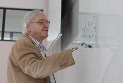 """Marcel Reichenbach: """"No hay una receta para la Matemática"""" - Prensa Libre   Juegos Matemáticas   Scoop.it"""