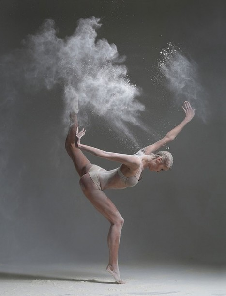Explosive Portraits Of Dancers Capture Their Breathtaking Moves – by Alexander Yakovlev   The Art of Dance   Scoop.it