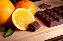 Hopeful consumers choose fruit, happy consumers choose candy bars | Cultural Worldviews | Scoop.it