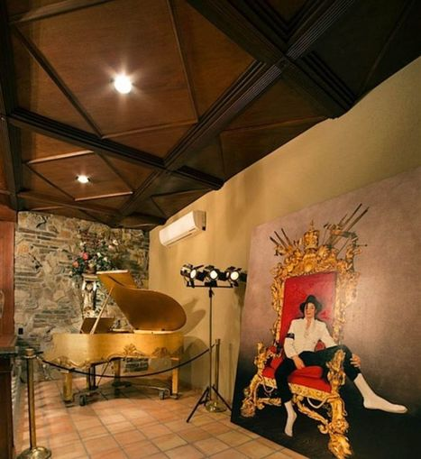 See inside Michael Jackson's Las Vegas mansion as it hits the market for $9.5m | Business Video Directory | Scoop.it