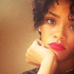 Rihanna aux cheveux courts et bouclés sur Instagram, sa nouvelle ... - meltyFashion | Cheveux Black extension | Scoop.it