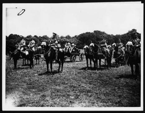(265) C.1925 - Portuguese troops compete together for the best turn out - First World War 'Official Photographs' > Photographers > Ernest Brooks - National Library of Scotland | Research Capacity-Building in Africa | Scoop.it