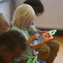 iPad-scholen openen deuren - NU.nl | Mobiel leren met QR en AR | Scoop.it
