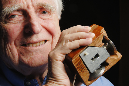 Mouse and Video Teleconferencing Inventor Doug Engelbart Dies At 88 - Telepresence Options | video conferencing | Scoop.it