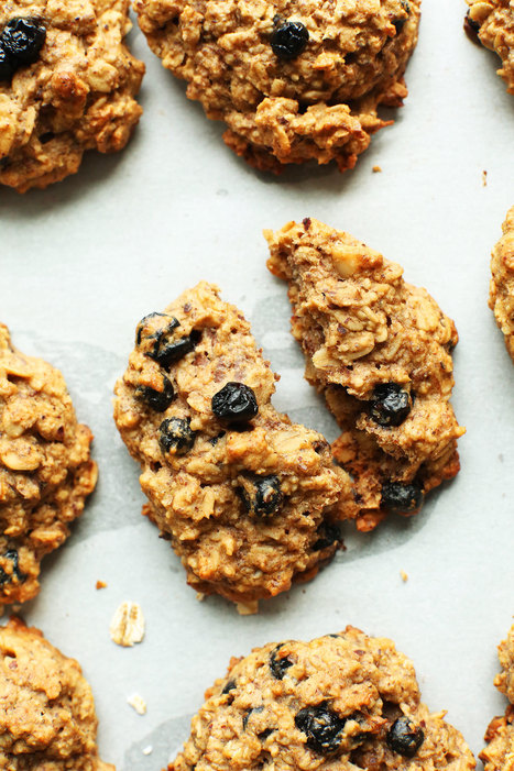 Blueberry Muffin Breakfast Cookies (Vegan + GF) - Minimalist Baker | Vegan Food | Scoop.it