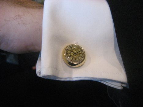 How to Put On Cufflinks | Cufflink for Sale | Scoop.it
