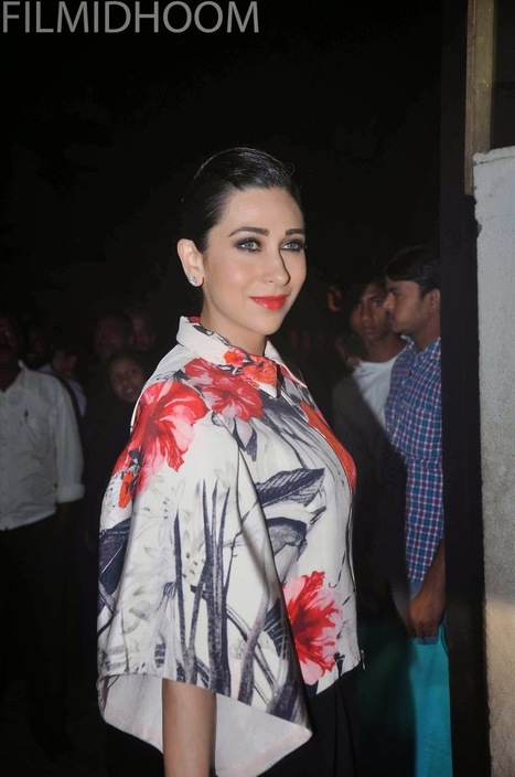 Karisma Kapoor at BSFI School Annual Day Show | newfilmstills.com | Scoop.it