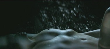 Photos : Lara Stone nue dans En moi | Radio Planète-Eléa | Scoop.it