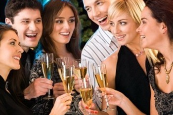 New Year's Wrap-up: 16 Toast-worthy Social Apps Launched in 2012 | Business in a Social Media World | Scoop.it