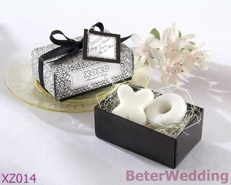 Aliexpress.com : Buy 34set Free Shipping XZ014 68pcs Soaps in White, black damask gift box as party favors or event gifts from Reliable black damask suppliers on Your Unique Wedding Favors | Soap Gift Set, Wedding Bubbles | Scoop.it