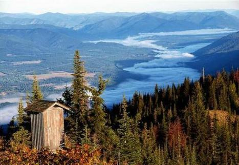 13 Loneliest Outhouses on Earth | Real Estate Flyers and Marketing | Scoop.it