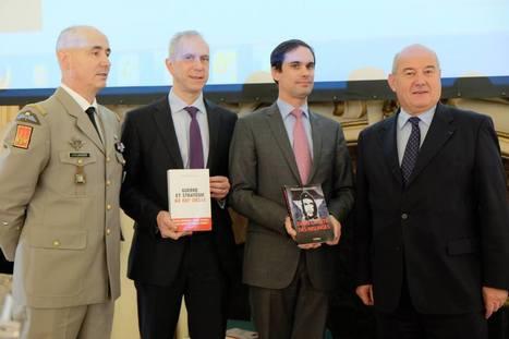 Remise du prix littéraire «La Plume et l'Épée» à l' Hôtel de ville de Tours | La littérature à tous prix! | Scoop.it