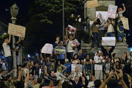 TV5MONDE : actualites : Brésil: les réseaux sociaux, ces autres avenues où l'on manifeste | Nezumi is going to nezumiscoop | Scoop.it
