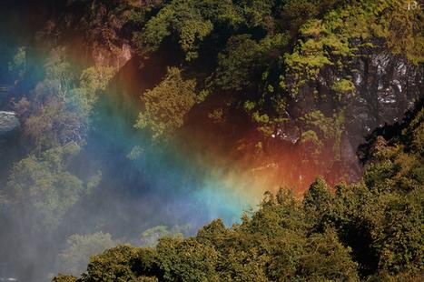 EPOC: Zambia - Victoria Falls Rainbow | EPOC - Extraordinary People | Scoop.it