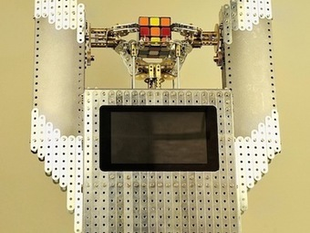 Meccano Rubik's Shrine (cube solving machine) | Open Source Hardware News | Scoop.it