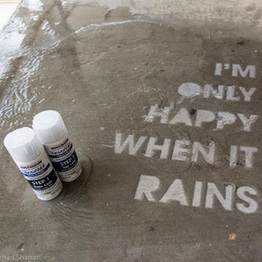 NeverWet Graffiti: Invisible-Ink Street Art Shows Up in Rain | SC Research | Scoop.it