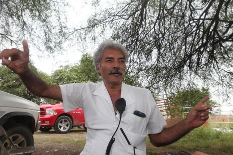 #Offline : Ciudadanos a las armas en México. #Mireles, líder de las #autodefensas en Michoacán | e-Xploration | Scoop.it