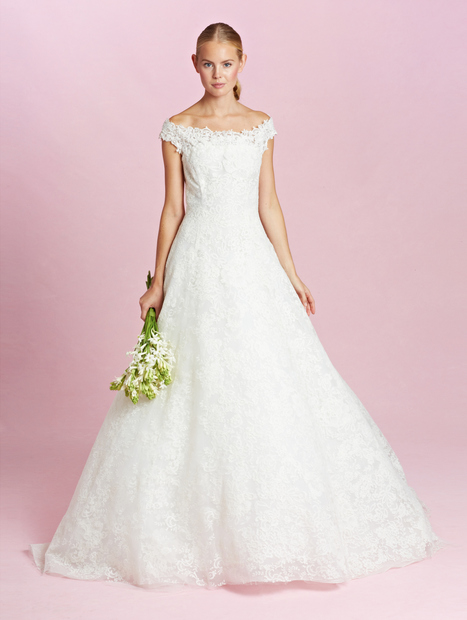 The Best Wedding Dresses from the Fall 2015 Bridal Collections - Vogue | Tres Jolie Eventi | Scoop.it