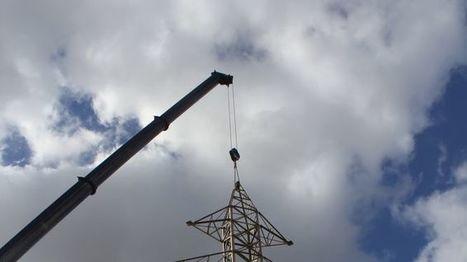Cornellà y Sant Joan Despí soterran un kilómetro de línea aérea de alta tensión | Contaminación electromagnética y tóxicos | Scoop.it