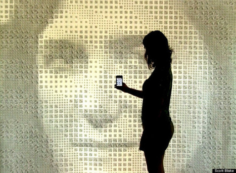 Scott Blake's Interactive Bar Code Portraits (PHOTOS, VIDEO) | Transmedia: Storytelling for the Digital Age | Scoop.it