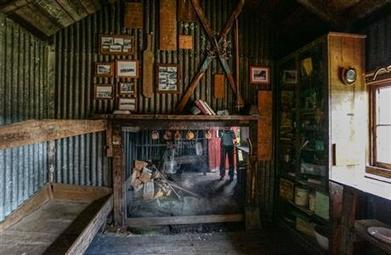 Historic Waihohonu Hut: Central North Island area | Gt Barrier Island and Tongariro National Park | Scoop.it