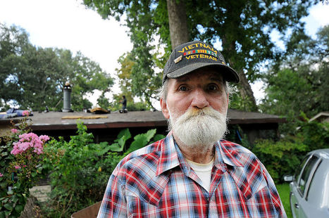 Volunteers, veterans help repair Purple Heart recipient's house | Veterans Affairs and Veterans News from HadIt.com | Scoop.it
