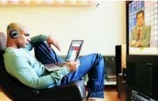 Les jeunes et les seniors tirent les pratiques médias et multimédias | Séniors et numériques | Scoop.it