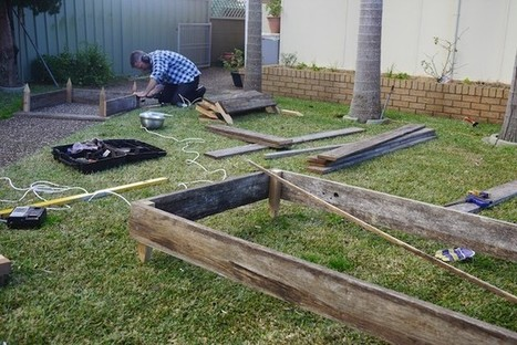 How to Make Garden Beds from Scrap Timber | Think Like a Permaculturist | Scoop.it