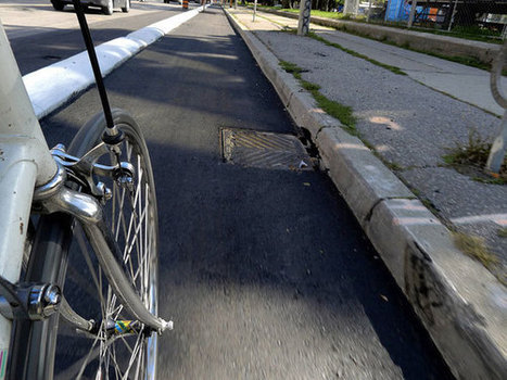 How should the city separate its new bike lanes? | Active Commuting | Scoop.it