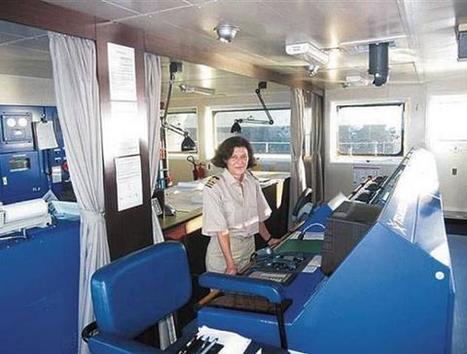Η Κρητικιά καπετάνισσα που οργώνει τις θάλασσες | Politically Incorrect | Scoop.it