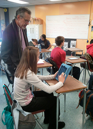 Technology and Social Media in the Classroom are the New Way to Learn - Business 2 Community | Ed Tech | Scoop.it