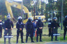 Uruguay / Rocha /Varios detenidos por obstruir las obras para sacar madera para UPM por el puerto de La Paloma | MOVUS | Scoop.it