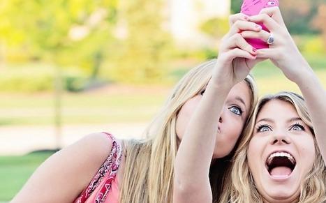 Snapchat: déjà plus de photos que sur Facebook et Instagram?   frenchsocialmarketing   Scoop.it