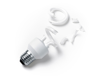 How we've been conned into using CFLs, and why they should be removed from your home | Beyond the Smoke Screen | Scoop.it