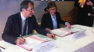 La première convention est signée avec la ministre des Sports, de la (...) - Ville.gouv.fr - Ministère délégué à la Ville   sport femmes société   Scoop.it