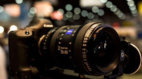 "HDSLRShooter at NAB 2013: Carl Zeiss Compact Zoom 28-80 - HDSLR Shooter | ""Cameras, Camcorders, Pictures, HDR, Gadgets, Films, Movies, Landscapes"" 