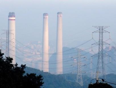 The economy is growing, but carbon emissions aren't. That's a really big deal   Développement durable et efficacité énergétique   Scoop.it