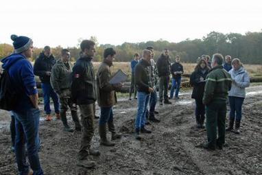Cours pratique dans une parcelle de la forêt de Jeugny   Le fil d'actus de la semaine, dédié aux étudiants de l'URCA !   Scoop.it