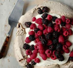Chocolate-Berry Meringue | Yummy and Easy Dessert | Scoop.it