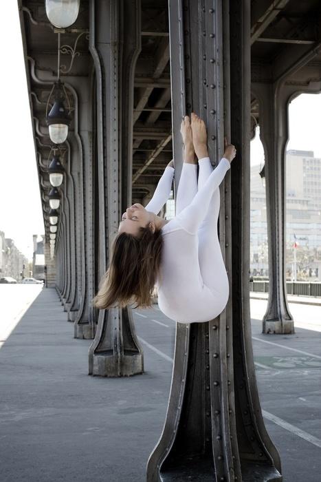 Urban Yoga by Anja Humljan | Photography News Journal | Scoop.it