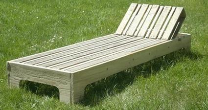 Idées créatives et écologiques - Esprit cabane :  chaise longue en palette