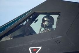 Pilote de chasse : études, métier, diplômes, salaire, formation | JcomJeune, un site du CIDJ | Pilote de Chasse | Scoop.it